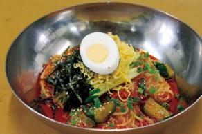 明野店 激辛ビビン麺